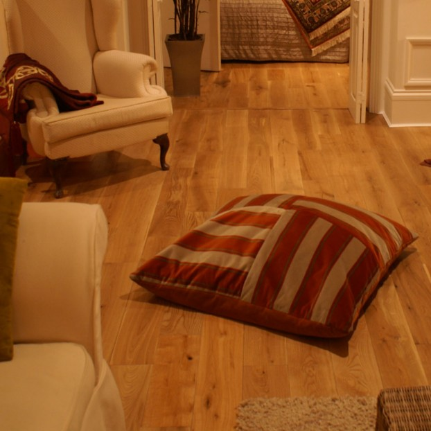 190mm UV Lacquered Oak | 14/3 Engineered Collection | Classic  class=