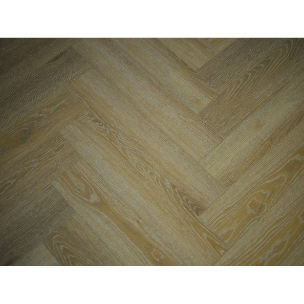 SPC (Stone Plastic Composite) Honey Oak Herringbone class=