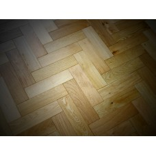Engineered Herringbone 18/3x80x300mm Natural Brushed Matt Lacquer