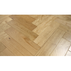 Engineered Herringbone 18/4x90x400mm Natural Lacquered
