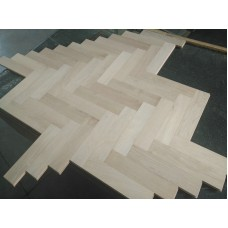 Engineered Herringbone 18/4x90x400mm Prime Unfinished (square edges)
