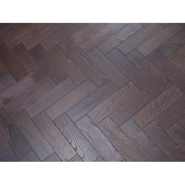 Engineered Herringbone 18/3x80x300mm Walnut Stain Brushed Matt Lacquer class=