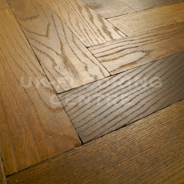 Smoked & Oiled Chateau Parquet | Tumbled Oak class=