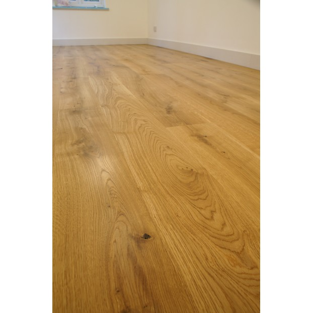 Solid French Oak Flooring | 22 x 240mm | Square Edged-Unfilled Knots-Character class=