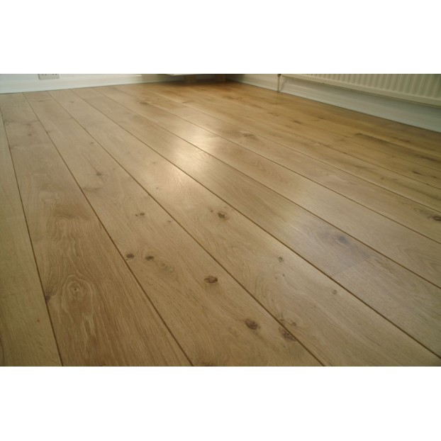Solid French Oak Flooring | 22 x 280mm | Micro Bevelled-Filled Knots-Rustic class=